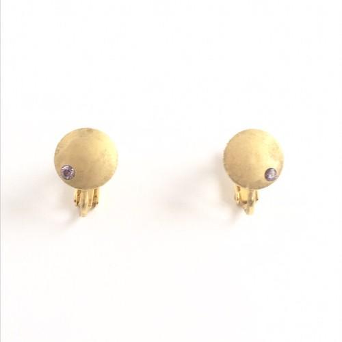 ヴィンテージスタインウェイピアノのパーツを使った月を思わせるアンティーク風イヤリング Vintage steinway and sons piano capstan earrings with Amethyst (Moon)