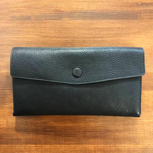 【牛革】ブラックボタン長財布〈BLACK〉長財布 お札とカードだけ 本革 W0032