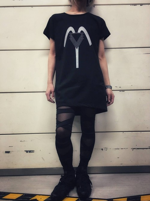 """""""STRAY SHEEP STRUCTURE"""" SSSシンボルTシャツ"""