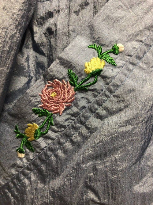 90's flower embroidery nylon jacket