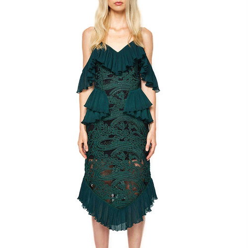op010 エレガント刺繍ドレス