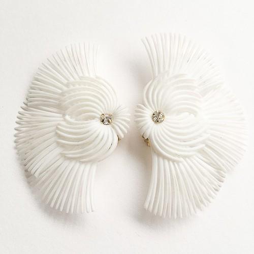 white soft plastic earring[e-835]