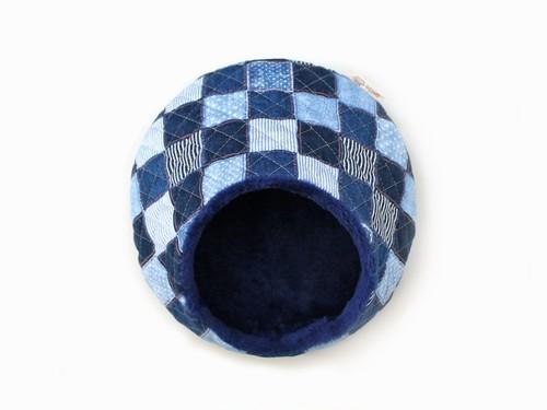 ハリちゃんのおやすみベッド(冬用) デニム風パッチワーク柄 ブルー / Hedgehog bed for winter