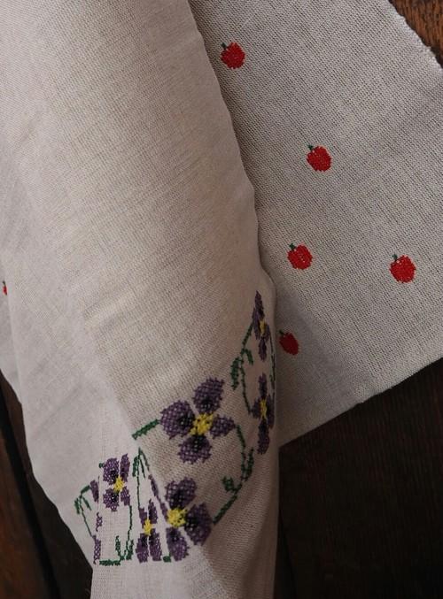 刺繍 cloth スミレ/さくらんぼ/りんご