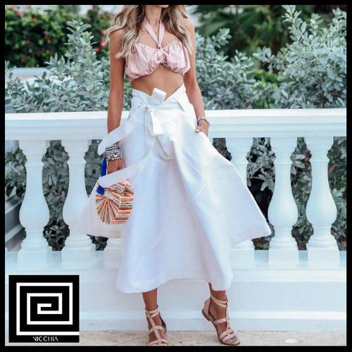ホワイトハイウエストAラインスカート