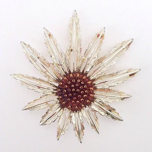 """""""SARAH COV"""" starburst brooch[b-89]"""