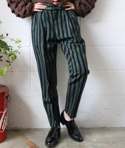 black×gray stripe pants