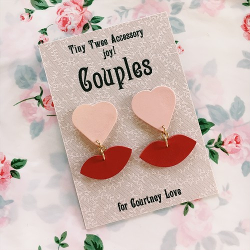 HEARTY LIP EARRING for Courtney Love