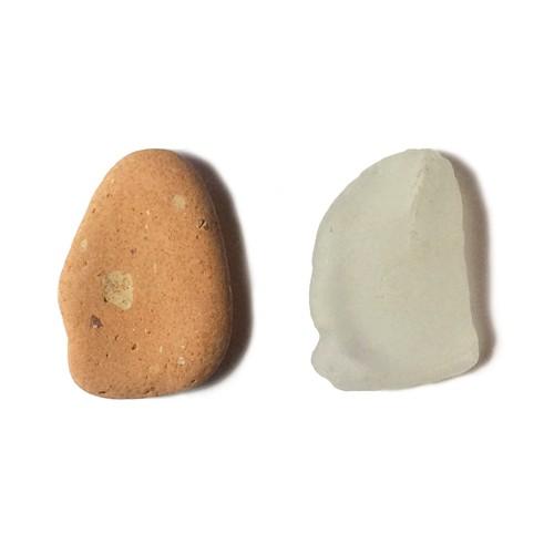 土器片とガラス片