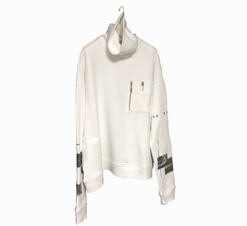 PRINT SLEEVE TURTLE SWEAT (WHITE)