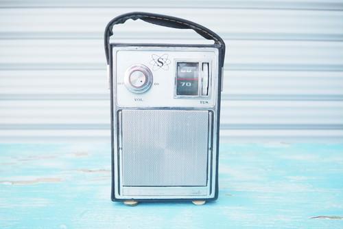 品番2653 ヴィンテージ ラジオ 革ケース付き
