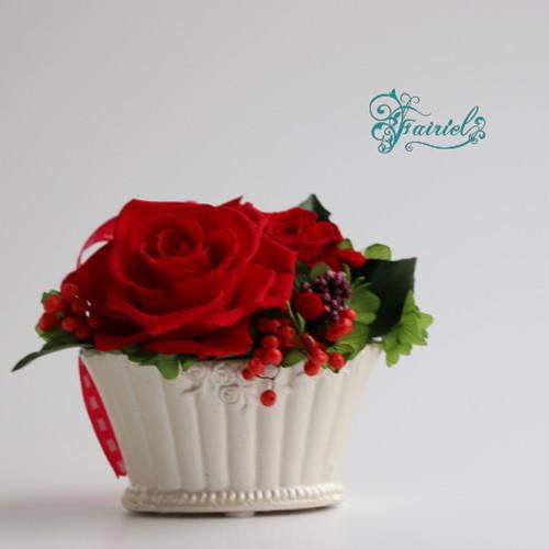 小粋におどる花のワルツ・レッド【プリザーブドフラワー】