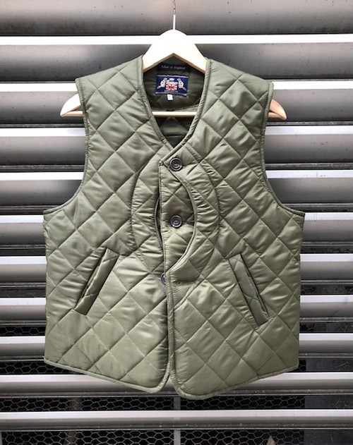 "BEAVER OF BOLTON  ""QUILTING GAME VEST"""
