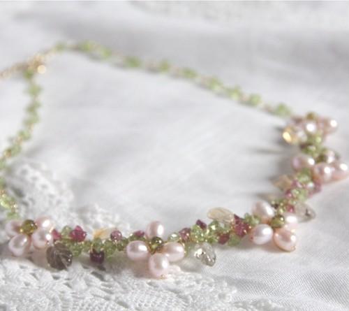 ピンクパールのお花のネックレス