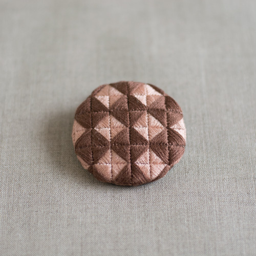 刺繍ブローチ | ルンルン