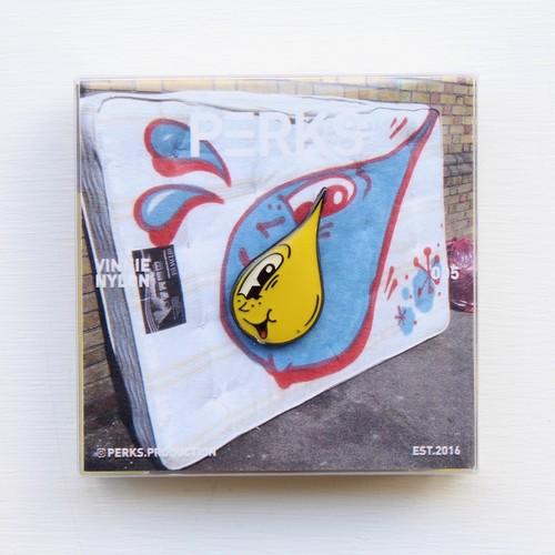 Vinnie Nylon × Perks Production/Pin 'SODA POP (One eye)'