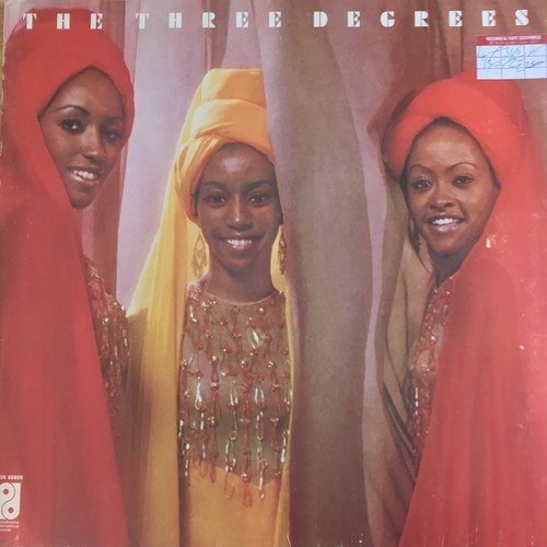 THE THREE DEGREES / THE THREE DEGREES (1973)