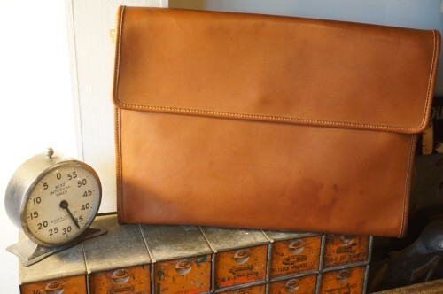 70's COACH brown flap-top Clutch