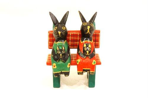 木彫りのバリ人形17 ウサギ親子