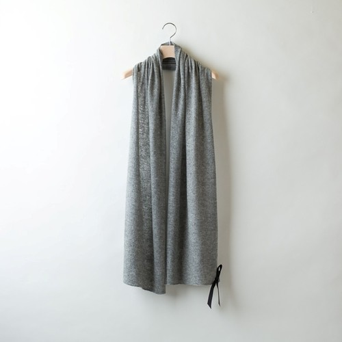 ESSENTIAL SOLID STOLE (Gray)  DBA0015