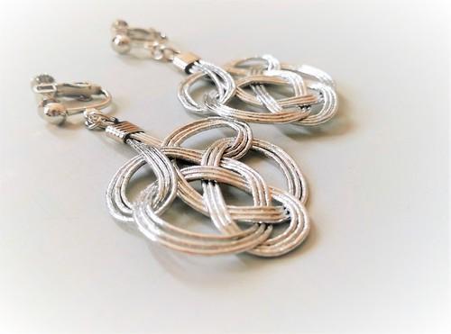 水引:tie earrings(シルバー)