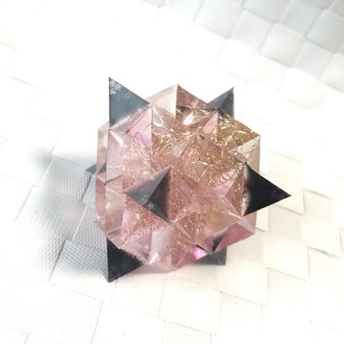 オルゴナイト 64テトラヒドロン B110