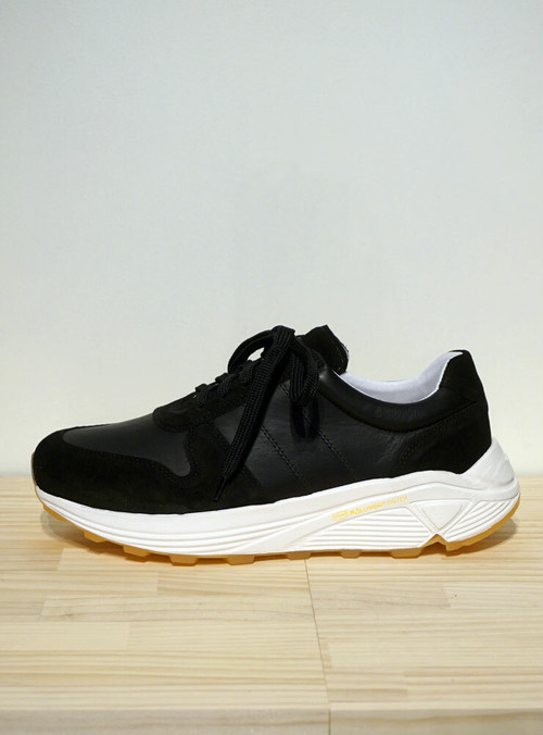GARMENT PROJECT Runner Gum ブラック