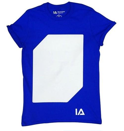 Tシャツ:ブルー / ライト:グリーン