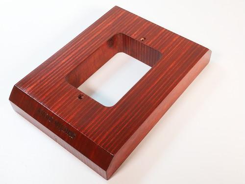 壁コンセントベース(シングルタイプ) AM-WOS1