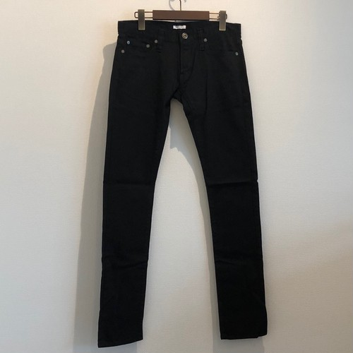 BLACK SLIM DENIM PANTS / GAVIAL