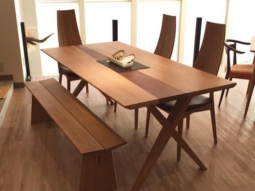 White Wood 1800X脚ダイニングテーブル