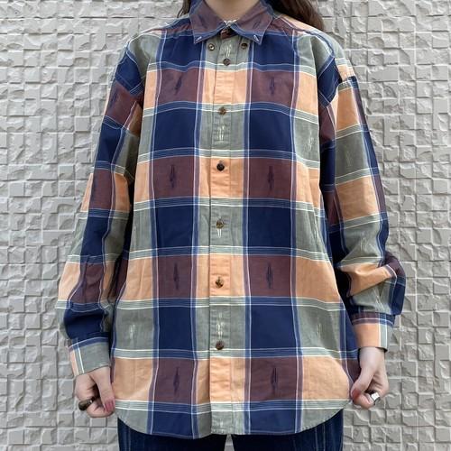 (LOOK) block check shirt