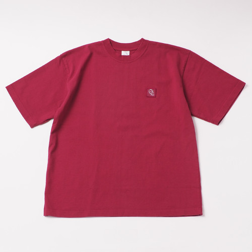 Garment Dye Emblem Tee designed by tomoo gokita / BURGANDY