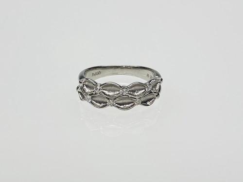PT900  0.20ctダイヤデザインリング ○