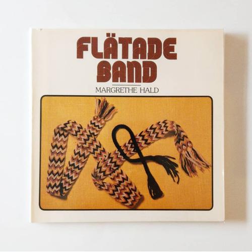スウェーデンのバンド織り FLÄTADE BAND