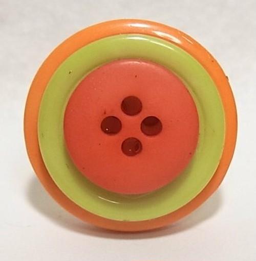 ヴィンテージボタンを使ったリング フリーサイズ 4117R