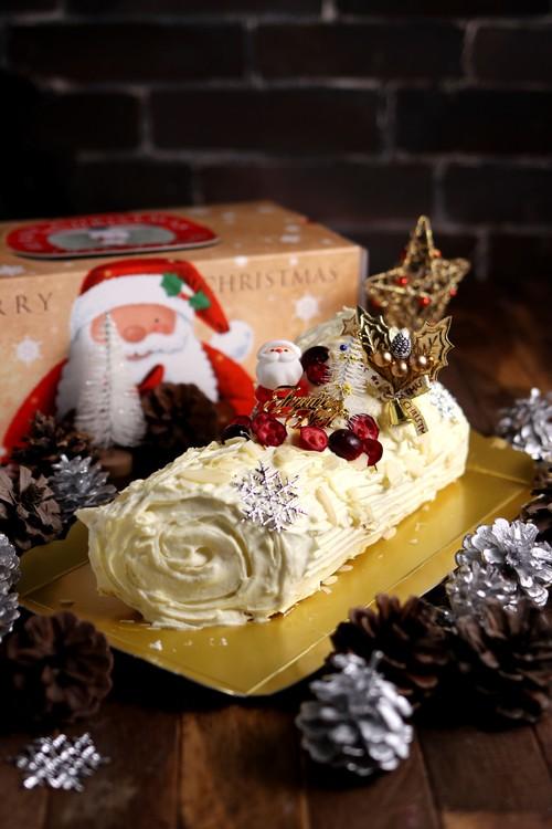 低糖質ホワイトチョコレートブッシュドノエル・Keto White Chocolate Buche de Noel