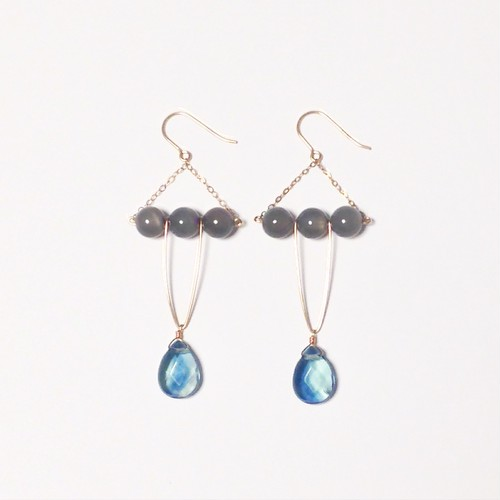 【ドラマ着用】Ocean and full moon pierced earring