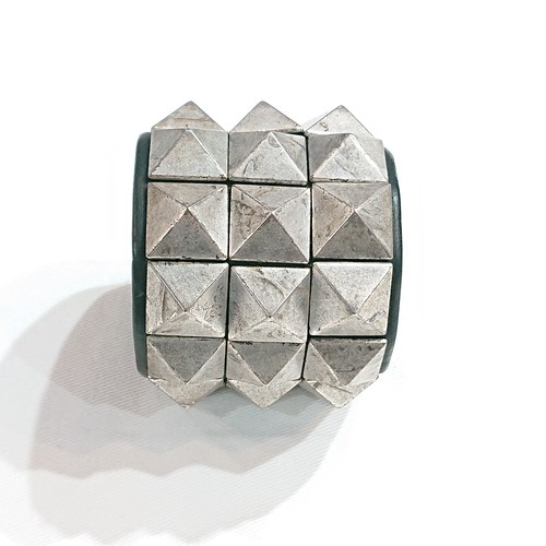 TULSI(トゥルシ) ARTEMISIA argento