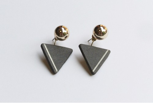 △PIERCE / EARRING【CHARCOAL】