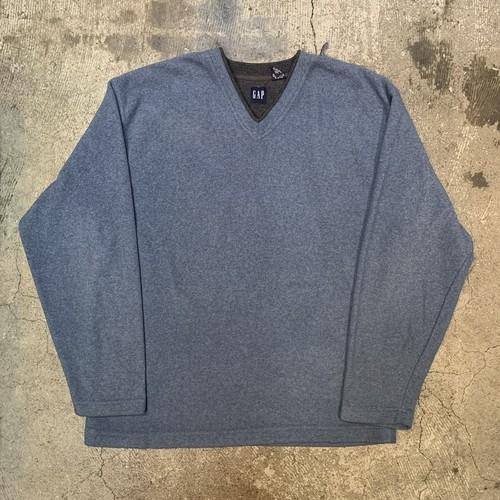 GAP fleece sweater
