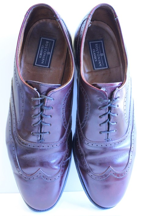 "Leather ""Bostonian"" wing chip shoes"