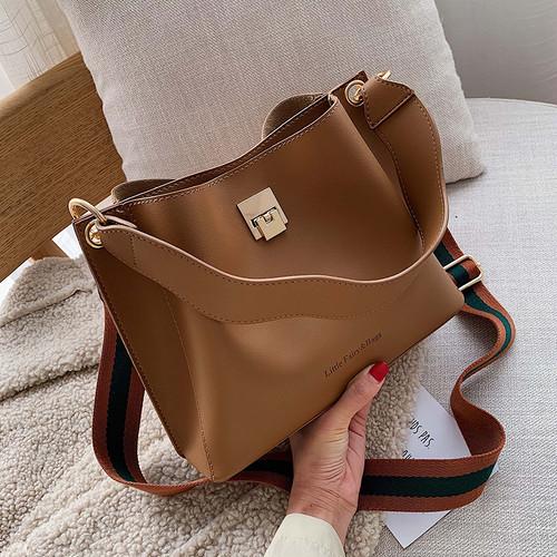 【バッグ・財布】無地高級感合わせやすいバッグ24504620
