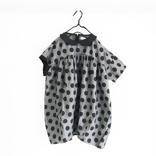 DOTS ASYMMETRIC SLEEVES DRESS