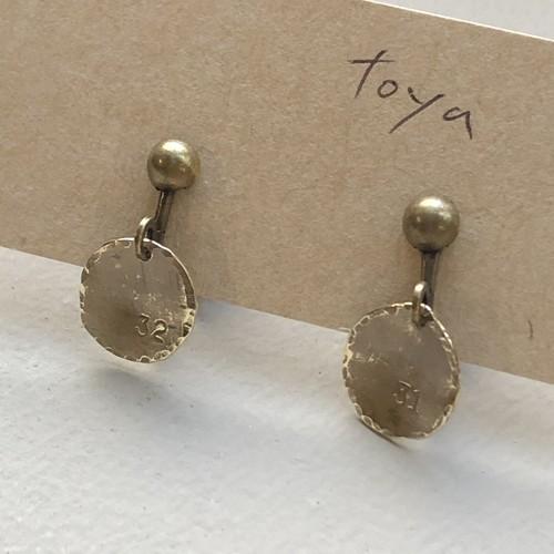 toya(made in life)さんのイヤリング[数字 小丸]