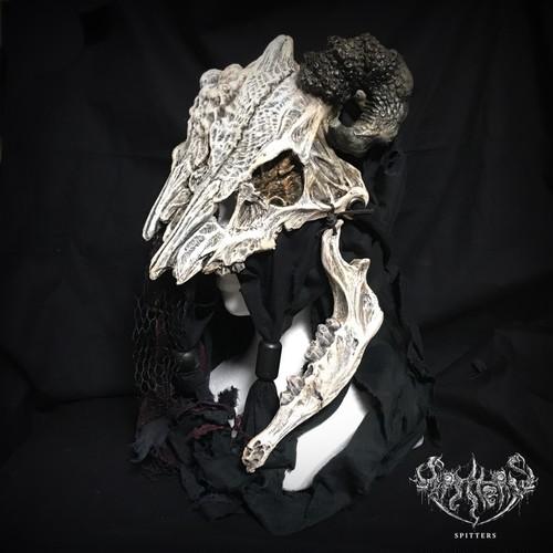 Dual heads Devils bone 02