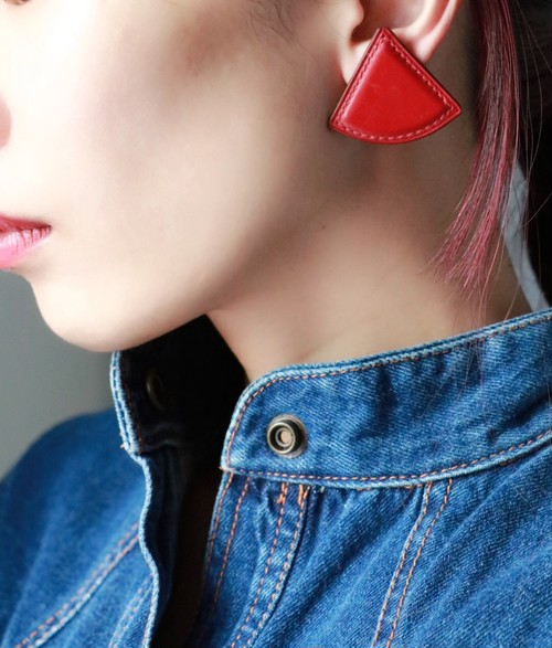 Hermes leather ▲ earrings