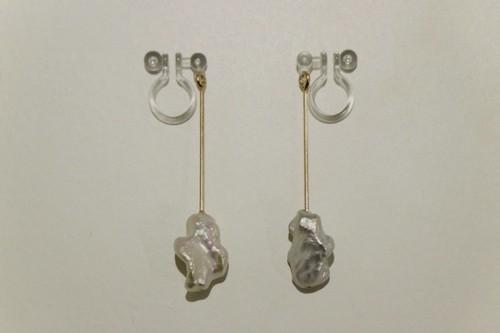 bud / Earrings