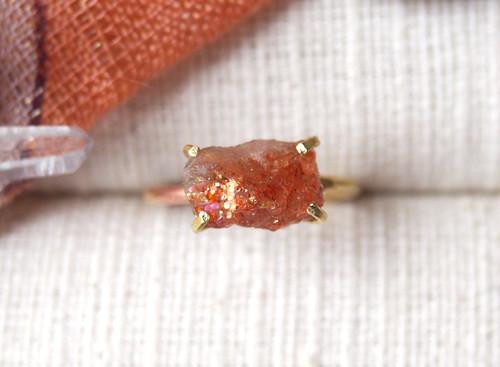 [一点物]原石のサンストーンのリング