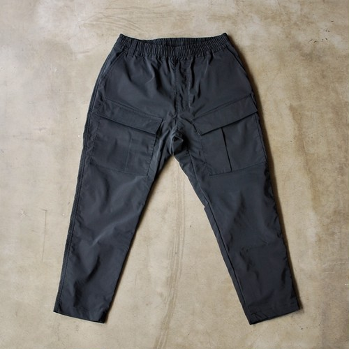 White Mountaineering STRETCHED 8/10 LENGTH TAPERED EASY CARGO PANTS